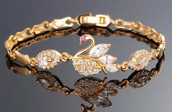 Брендовые ювелирные украшения из золота
