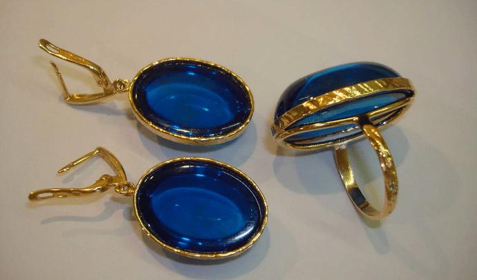 Украшения с синим янтарем. Комплект серьги и кольцо