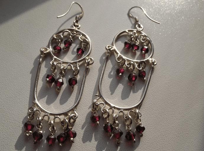 Особенности серебряных украшений из Индии с натуральными камнями