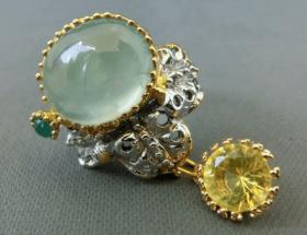Украшения с пренитом в серебре: уникальный камень и кому стоит выбрать такое украшение?