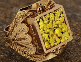 Украшения с самородками золота