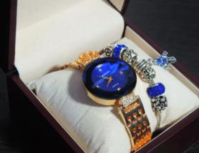 Какие наручные часы подарить девушке