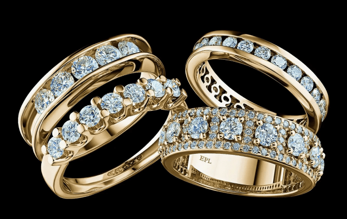 Какие бывают ювелирные украшения с якутскими бриллиантами
