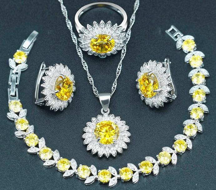 Виды и особенности украшений с желтыми бриллиантами. Комплект Колье, кулон, серьги, кольцо