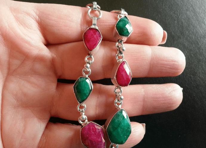 Как сочетать украшения с цветными камнями. Комплиментарные цвета