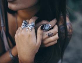 Выбираем украшения для пальцев рук