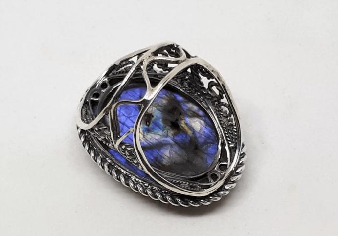 Украшения с лабрадором в серебре. Серебряное кольцо перстень