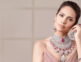 Натуральные и полудрагоценные розовые камни в ювелирных украшениях