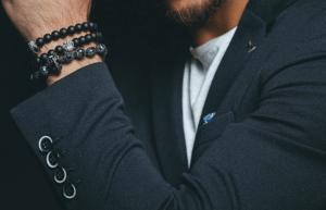 Модные мужские браслеты 2021 года