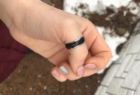 Кольцо на большом пальце: интересные факты. Черное кольцо