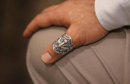 Кольцо на большом пальце: интересные факты. Объемное мужское кольцо