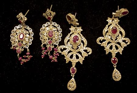 Итальянские ювелирные украшения. Золотая коллекция с рубинами, серьги