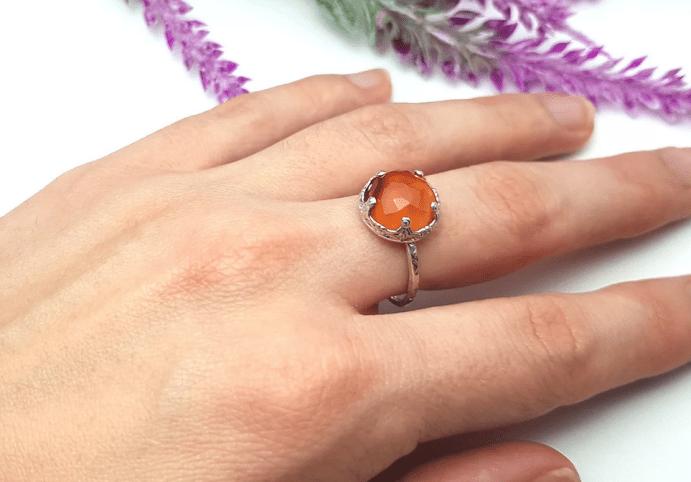 Украшения для Девы из натуральных камней. Сердолик кольцо