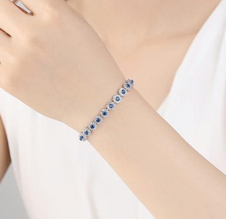 Украшение на руку: модные решения при создании и выборе браслетов. Женский браслет с сапфирами и бриллиантами