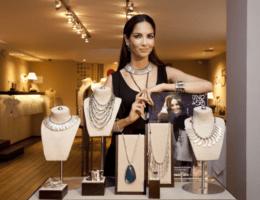 Подбор женских ювелирных изделий в салонах