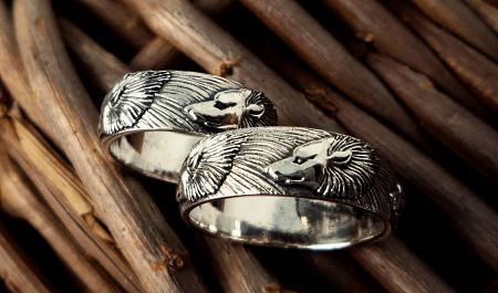 Украшения в скандинавском стиле. Кольца волки