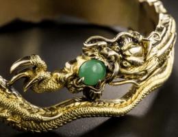 Кому подходят специфические китайские украшения