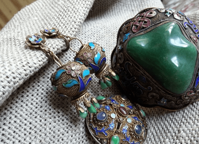 Китайские украшения: особенности изделий. Винтаж, комплект украшений