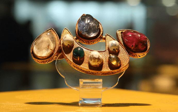Китайские украшения: особенности изделий. Драгоценные камни