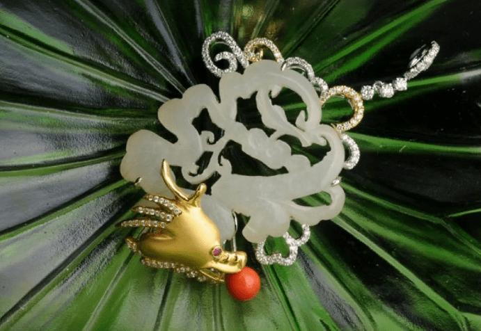 Китайские украшения: особенности изделий. Брошь дракон с нефритом