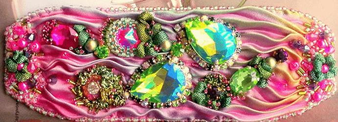 Украшения шибори – новое направление в Hand Made. Розовый браслет с камнями и стразами