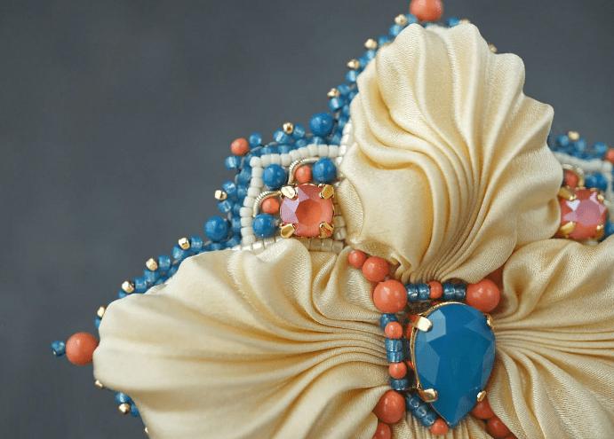 Украшения шибори – новое направление в Hand Made. Брошь цветок с камнями