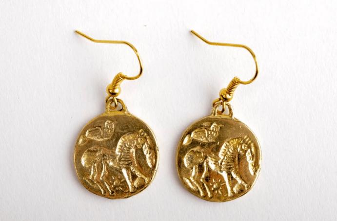 Ювелирные украшения из латуни. Серьги монеты