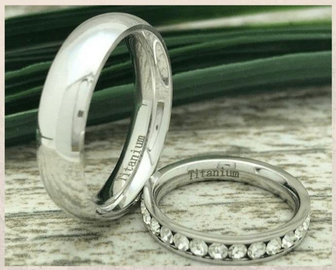 Титановые обручальные кольца. Варианты оформления