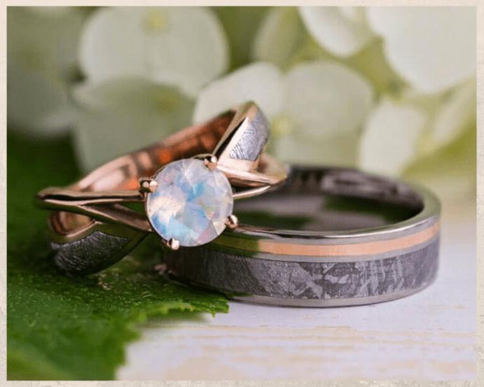 Титановые обручальные кольца. Сколько стоит пара колец