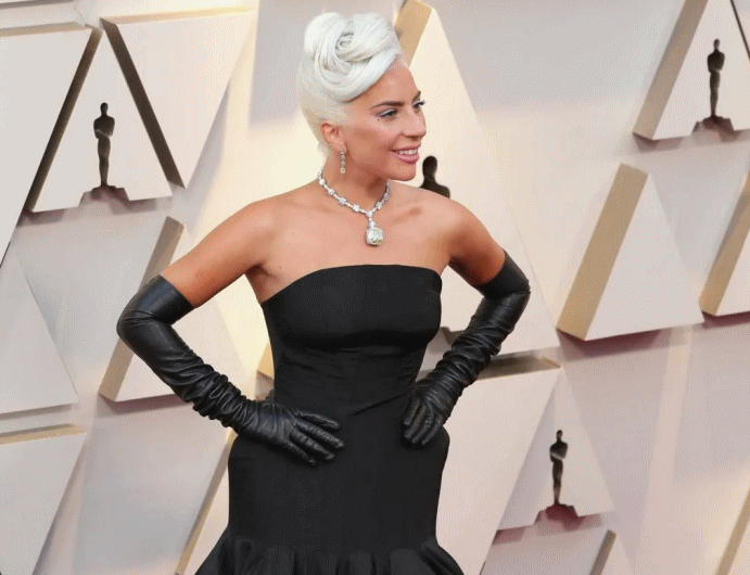 """В 2019 году всемирно известная Леди Гага красовалась на премии """"Оскар"""" в украшении от Tiffany & Co за 30 миллионов долларов"""