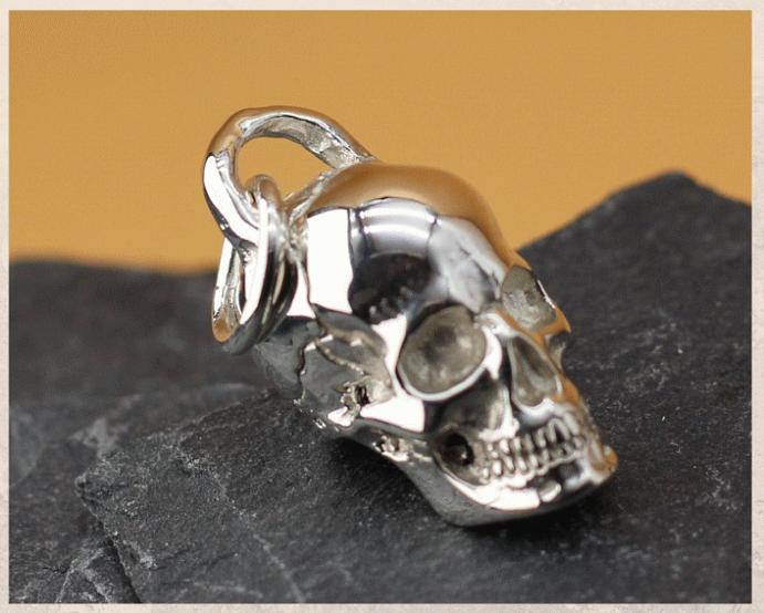 Подвеска Череп: символ смерти и бессмертия. Дизайн