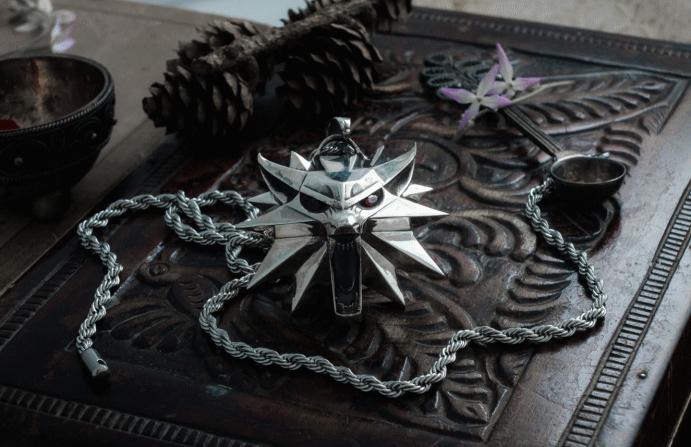 Ведьмак: ювелирные украшения с характером