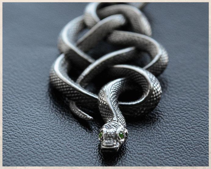 Ведьмак: ювелирные украшения с характером. Виды украшений
