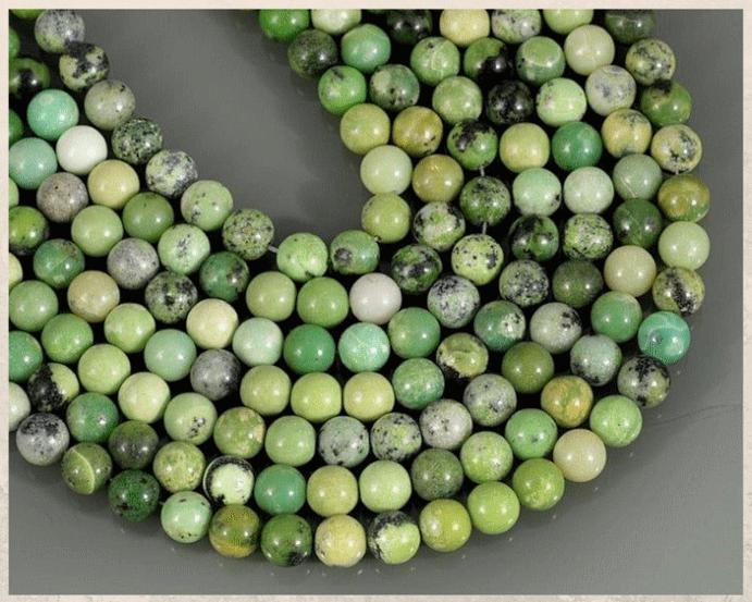 Серпентин: камень с текстурой змеиной кожи. Цвета
